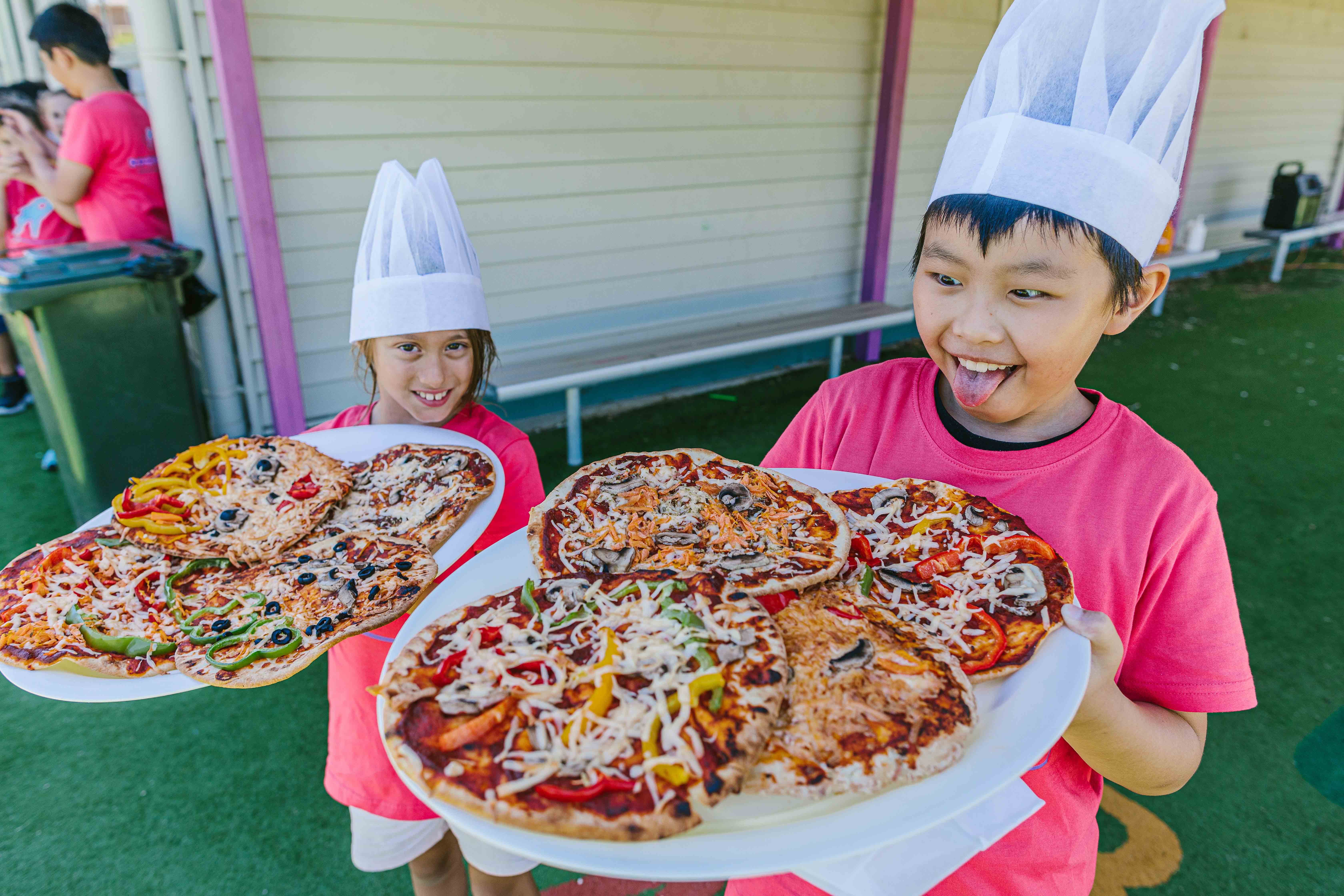 rocketeers-pizza-making