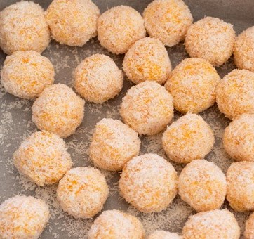 healthy-snack-ideas-for-hungry-children-apricot-balls